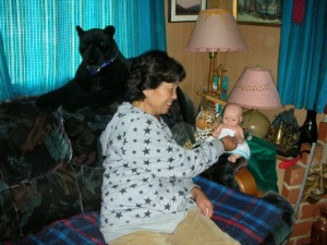 Lily's mum visiting Olalla King Ivan